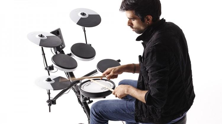 Roland TD1K digitaal drumstel, Roland TD1KV digitaal drumstel